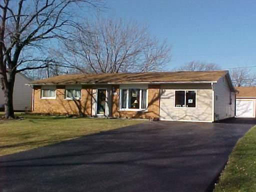 1026 Janet Avenue, Darien, IL 60561 (MLS #10391761) :: Berkshire Hathaway HomeServices Snyder Real Estate