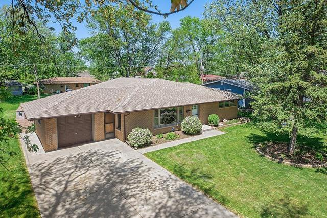 1046 E 8TH Street, Lockport, IL 60441 (MLS #10391852) :: Berkshire Hathaway HomeServices Snyder Real Estate