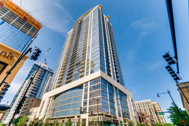 100 E 14TH Street #2203, Chicago, IL 60605 (MLS #10391860) :: Domain Realty