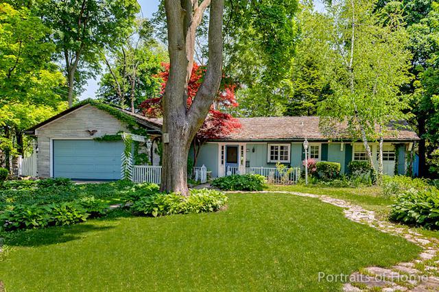111 Sunset Avenue, Glen Ellyn, IL 60137 (MLS #10391888) :: Berkshire Hathaway HomeServices Snyder Real Estate