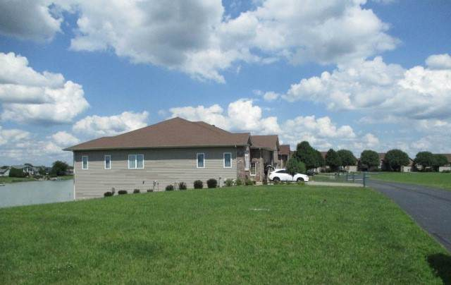 3771 Lakeview Drive, Winnebago, IL 61088 (MLS #10392126) :: The Wexler Group at Keller Williams Preferred Realty