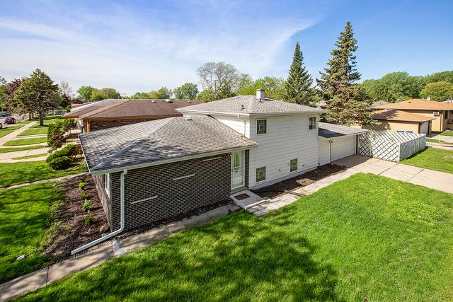 370 Mackinaw Avenue, Calumet City, IL 60409 (MLS #10392129) :: Berkshire Hathaway HomeServices Snyder Real Estate