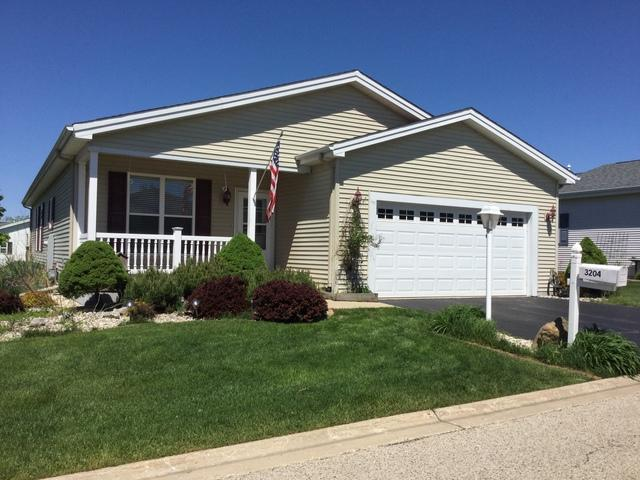 3204 Whirlaway Court, Grayslake, IL 60030 (MLS #10392133) :: Berkshire Hathaway HomeServices Snyder Real Estate