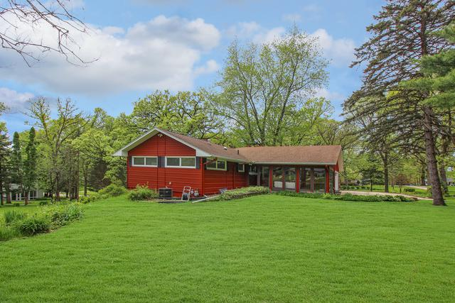 1305 Sylvan Court, Freeport, IL 61032 (MLS #10392283) :: Berkshire Hathaway HomeServices Snyder Real Estate