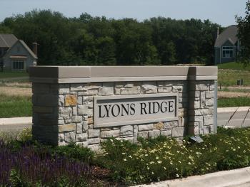 960 Lyons Ridge Drive, Cary, IL 60013 (MLS #10392326) :: Littlefield Group