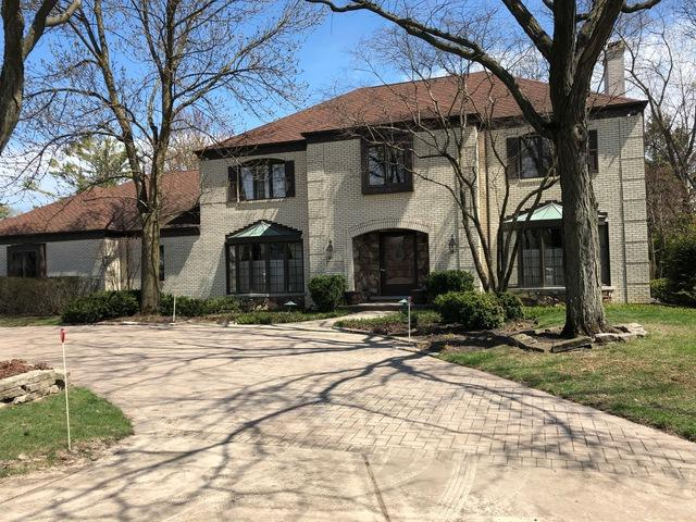 1 Orchard Lane, Golf, IL 60029 (MLS #10392667) :: Berkshire Hathaway HomeServices Snyder Real Estate