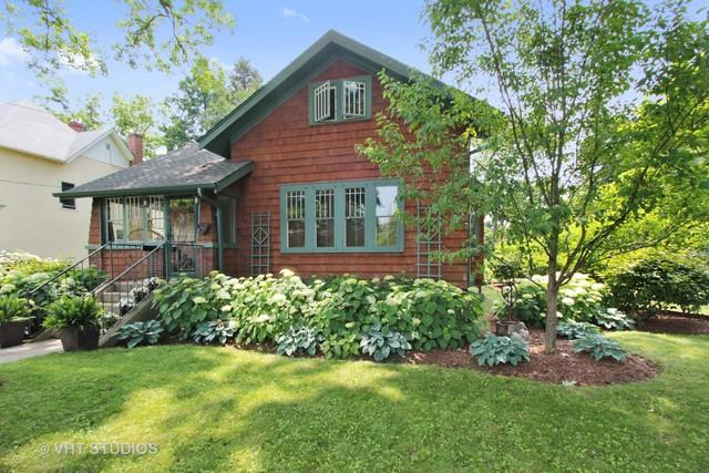 101 Park Avenue, Grayslake, IL 60030 (MLS #10392684) :: Berkshire Hathaway HomeServices Snyder Real Estate