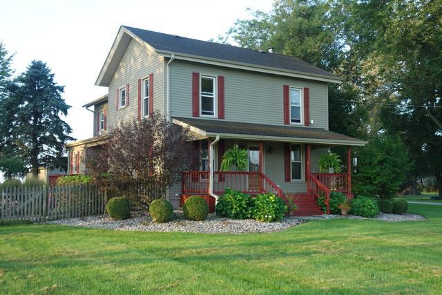 6242 Caton Farm Road, Yorkville, IL 60560 (MLS #10392688) :: Ani Real Estate
