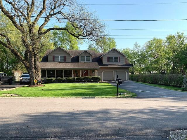 29w011 Calumet Avenue E, Warrenville, IL 60555 (MLS #10392711) :: Berkshire Hathaway HomeServices Snyder Real Estate