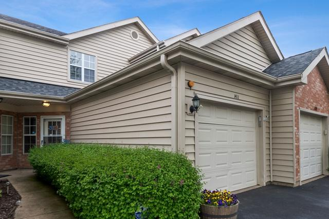1411 Fairway Drive, Glendale Heights, IL 60139 (MLS #10392826) :: Ryan Dallas Real Estate