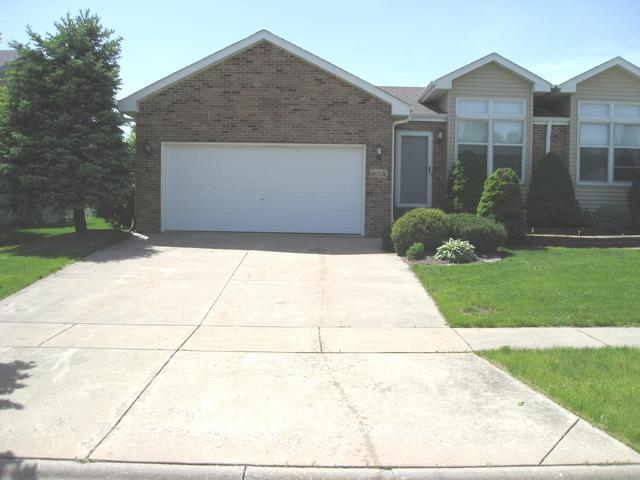 601 Flanagan Drive A, Minooka, IL 60447 (MLS #10393092) :: The Dena Furlow Team - Keller Williams Realty