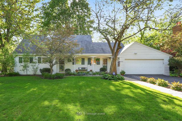 1342 Cambridge Avenue, Flossmoor, IL 60422 (MLS #10393094) :: John Lyons Real Estate