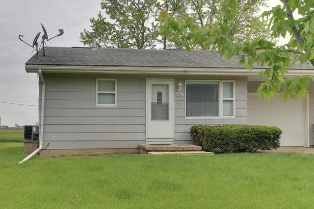 407 N Western Avenue, MINIER, IL 61759 (MLS #10393171) :: Angela Walker Homes Real Estate Group