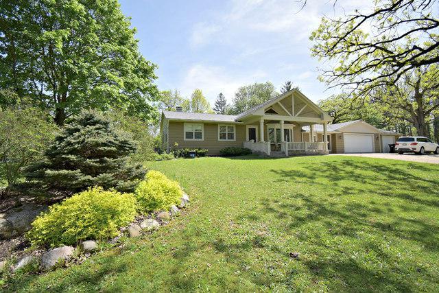 3513 Castle Road, Woodstock, IL 60098 (MLS #10393174) :: Lewke Partners