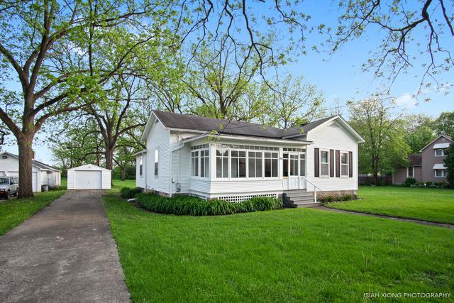 800 Prairie Street, Aurora, IL 60506 (MLS #10393178) :: Lewke Partners