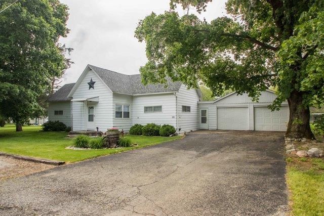 105 E Bluff Street, Potomac, IL 61865 (MLS #10396201) :: Baz Realty Network | Keller Williams Elite