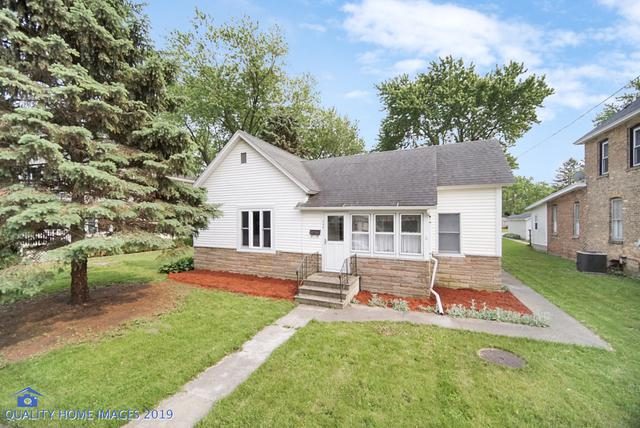 208 E Taylor Street, Grant Park, IL 60940 (MLS #10396952) :: Berkshire Hathaway HomeServices Snyder Real Estate