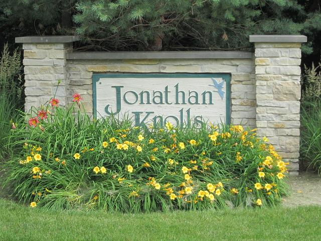 39855 Jonathan Knolls Lane, Wadsworth, IL 60083 (MLS #10399165) :: Lewke Partners