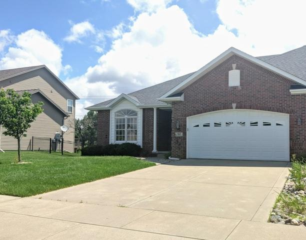 1915 Sinclair Court, Bloomington, IL 61704 (MLS #10399686) :: BNRealty