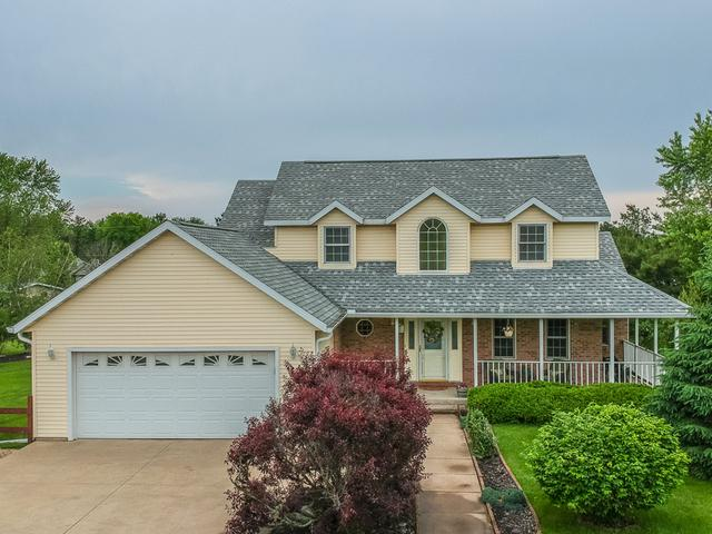 15 Bradford Drive, Mackinaw, IL 61755 (MLS #10400017) :: Angela Walker Homes Real Estate Group