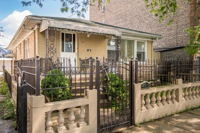 4310 W Shakespeare Avenue, Chicago, IL 60639 (MLS #10400254) :: The Perotti Group | Compass Real Estate