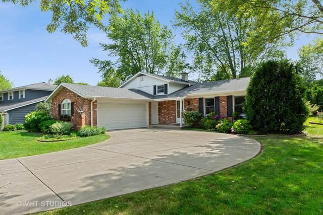 837 S 4th Avenue, Libertyville, IL 60048 (MLS #10401390) :: Helen Oliveri Real Estate