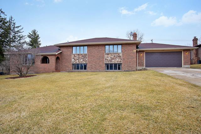 9230 S 83rd Court, Hickory Hills, IL 60457 (MLS #10403069) :: Baz Realty Network | Keller Williams Elite