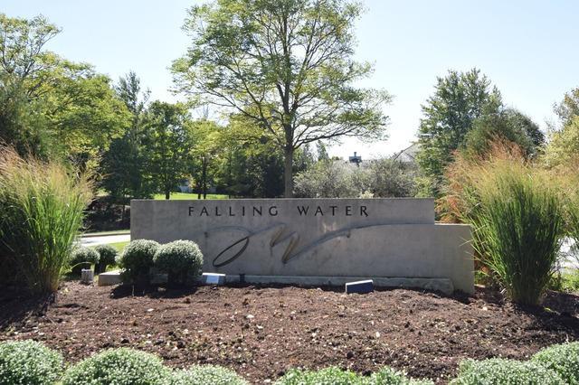 9441 Falling Waters West Lane, Burr Ridge, IL 60527 (MLS #10403639) :: Baz Realty Network | Keller Williams Elite