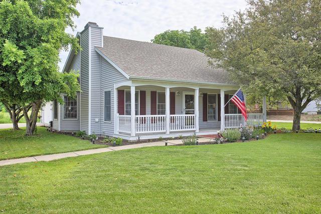 2606 W John Street, Champaign, IL 61821 (MLS #10404256) :: John Lyons Real Estate