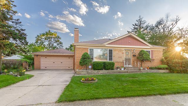 1806 Boeger Avenue, Westchester, IL 60154 (MLS #10404647) :: Angela Walker Homes Real Estate Group