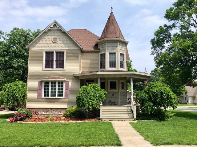 301 W John Street, Forrest, IL 61741 (MLS #10404734) :: Angela Walker Homes Real Estate Group