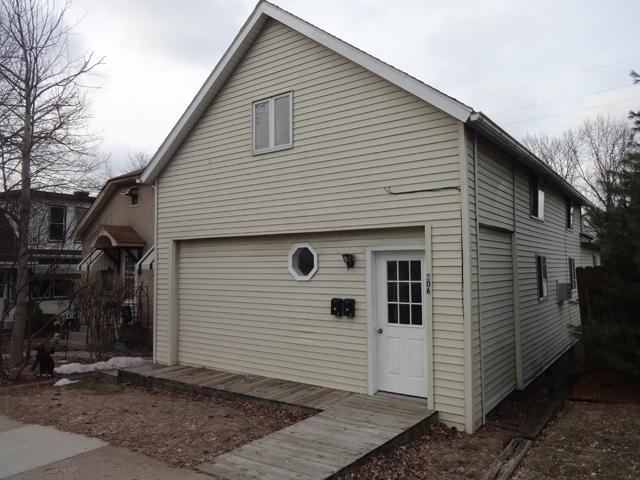 206 W Dakota Street, Spring Valley, IL 61362 (MLS #10405312) :: Ani Real Estate
