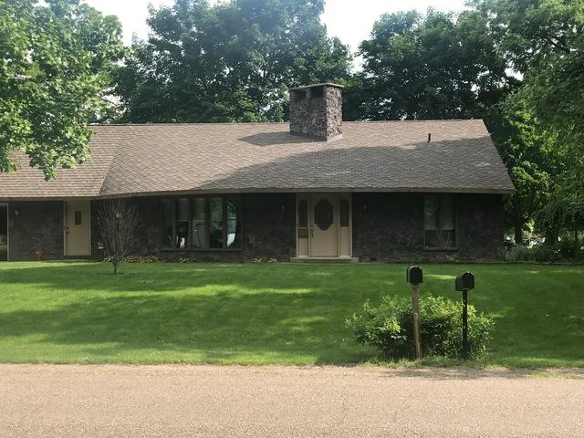 702 E 2nd Street, Delavan, IL 61734 (MLS #10407037) :: Angela Walker Homes Real Estate Group