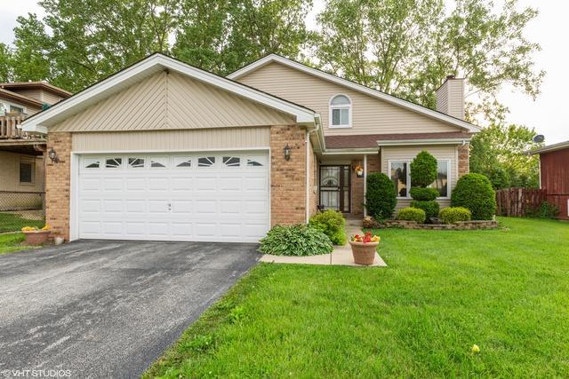 17910 Millstone Road, Hazel Crest, IL 60429 (MLS #10407092) :: Property Consultants Realty