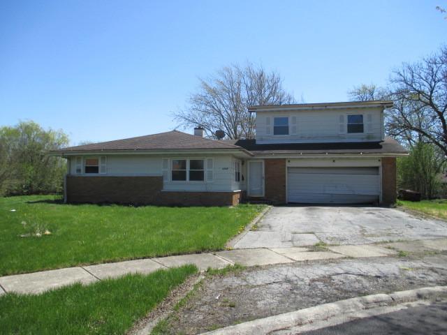 3205 Oak Court, Hazel Crest, IL 60429 (MLS #10408209) :: Property Consultants Realty