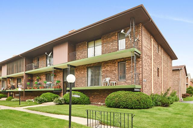 11330 Moraine Drive F, Palos Hills, IL 60465 (MLS #10408330) :: The Wexler Group at Keller Williams Preferred Realty