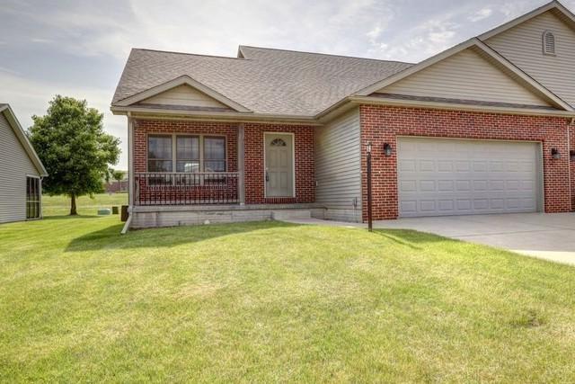 501 Prairie Lane, MONTICELLO, IL 61856 (MLS #10408461) :: Littlefield Group