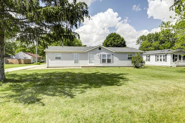 601 E Lincoln Avenue, OGDEN, IL 61859 (MLS #10408505) :: Littlefield Group