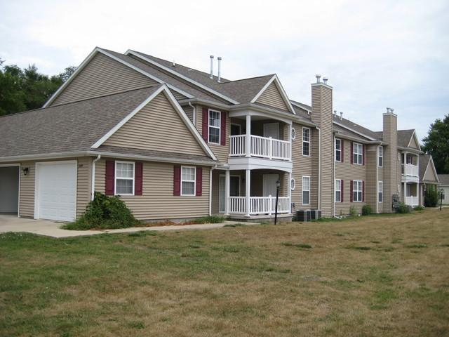 331 Villa Lane #331, Urbana, IL 61801 (MLS #10409501) :: Littlefield Group