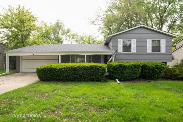 910 Wayne Avenue, Deerfield, IL 60015 (MLS #10409736) :: The Spaniak Team