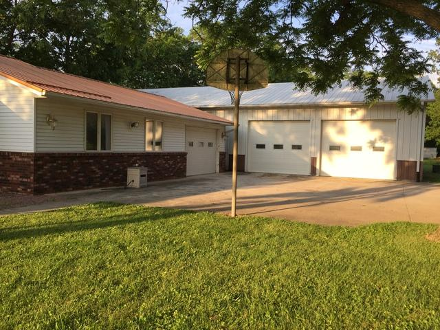 649 N State Route 130, Tuscola, IL 61953 (MLS #10410014) :: Lewke Partners