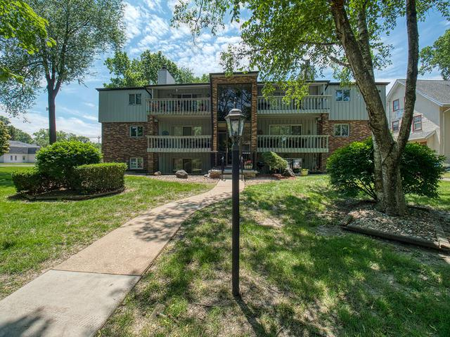 1111 E Jefferson Street #1, Bloomington, IL 61701 (MLS #10410275) :: The Perotti Group | Compass Real Estate