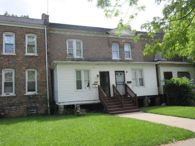 10521 S Corliss Avenue, Chicago, IL 60628 (MLS #10410558) :: Berkshire Hathaway HomeServices Snyder Real Estate