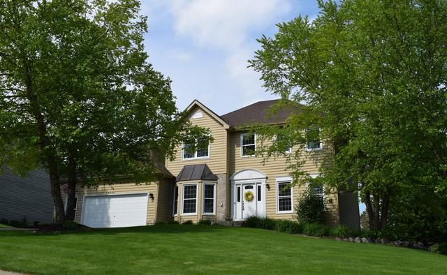 3516 Lakewood Drive, Crystal Lake, IL 60012 (MLS #10410645) :: BNRealty