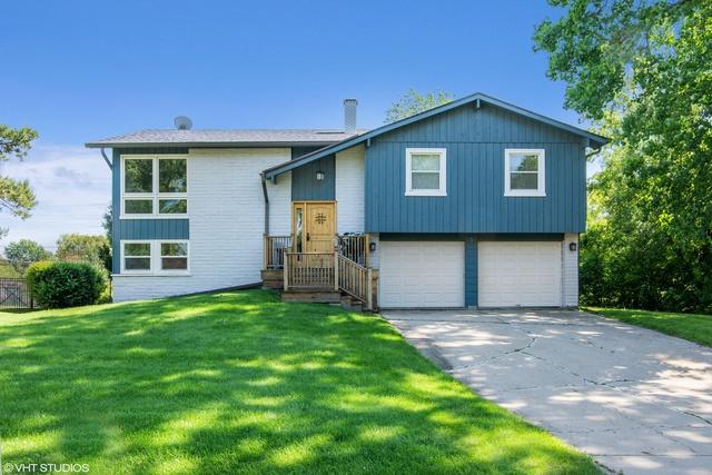 5 W Stonegate Drive, Prospect Heights, IL 60070 (MLS #10410670) :: Berkshire Hathaway HomeServices Snyder Real Estate