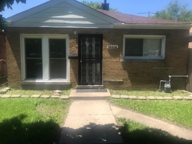 10236 S Crandon Avenue, Chicago, IL 60617 (MLS #10411264) :: John Lyons Real Estate