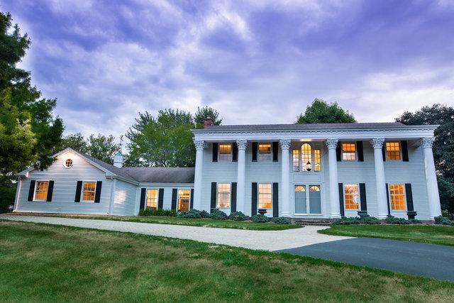 4 Three Lakes Road, Barrington Hills, IL 60010 (MLS #10411308) :: The Jacobs Group