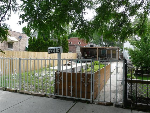 3213 S Karlov Avenue, Chicago, IL 60623 (MLS #10411509) :: The Perotti Group | Compass Real Estate
