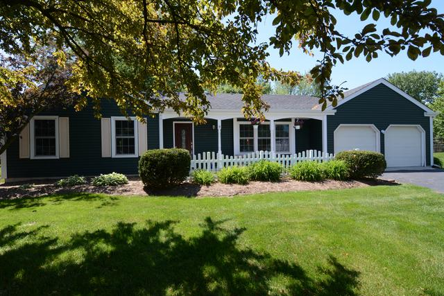 1329 Garden Court, Batavia, IL 60510 (MLS #10411955) :: The Perotti Group | Compass Real Estate