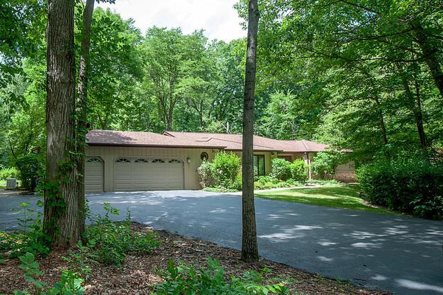 474 White Oak Lane, Riverwoods, IL 60015 (MLS #10412011) :: Angela Walker Homes Real Estate Group